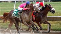Blind Luck and Harve De Grace in the Delaware Oaks