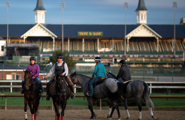 Churchill Downs News Thanksgiving Racing Feast On Tap