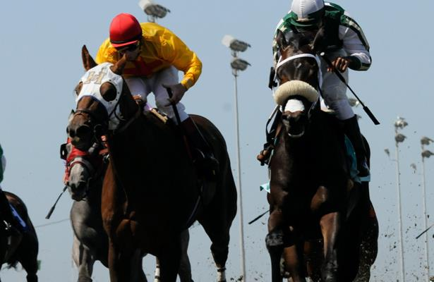 Golden Gate Fields jockeys suspended for sharing a whip