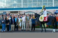 2009 Lane's End winner's circle - Hold Me Back with Kent Desormeaux