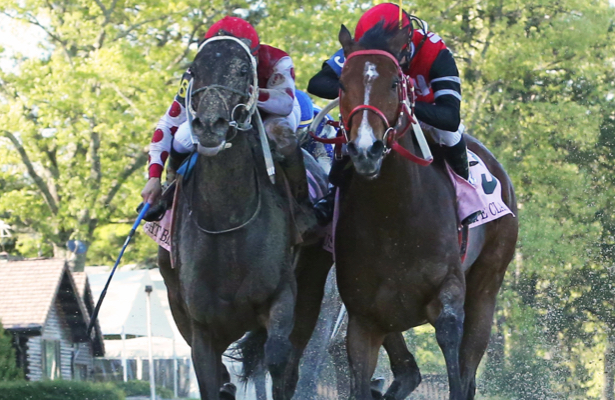 Midnight Bisou edges out Escape Clause to win the Apple Blossom