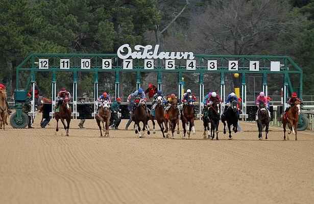 Hebbronville Records Bullet Workout at Oaklawn