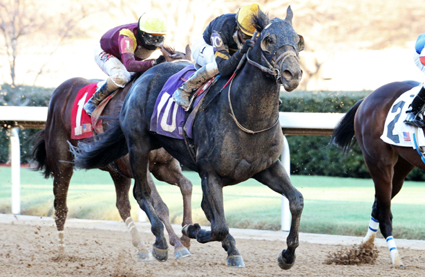 Sonneteer picks up first stakes in Oaklawn Park's Fifth Season
