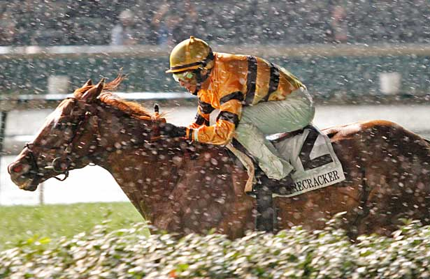 Wise Dan wins 2013 Firecracker at Churchill Downs.