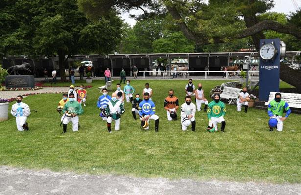 Belmont Park jockeys pay tribute to protesters, COVID-19 victims