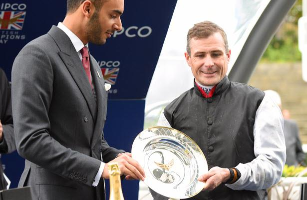 Report: Champion Irish jockey Pat Smullen dead at 43